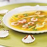 Суп с креветками и яичными узелками