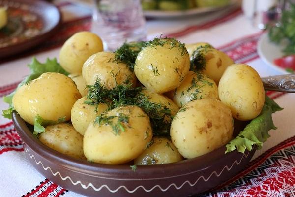 картофель в пароварке