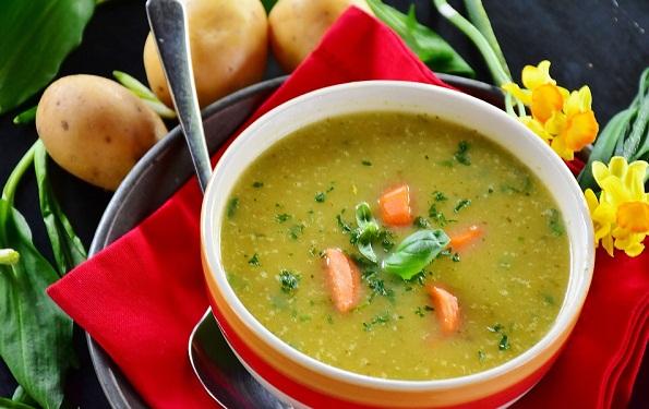 картофельный суп -пюре со шпинатом