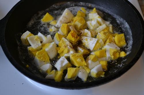 делаем яичный соус для судака